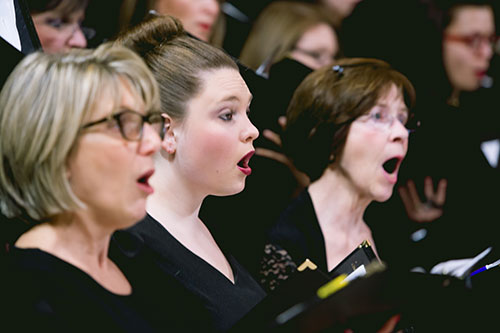 women singing in Greater South Jersey Chorus